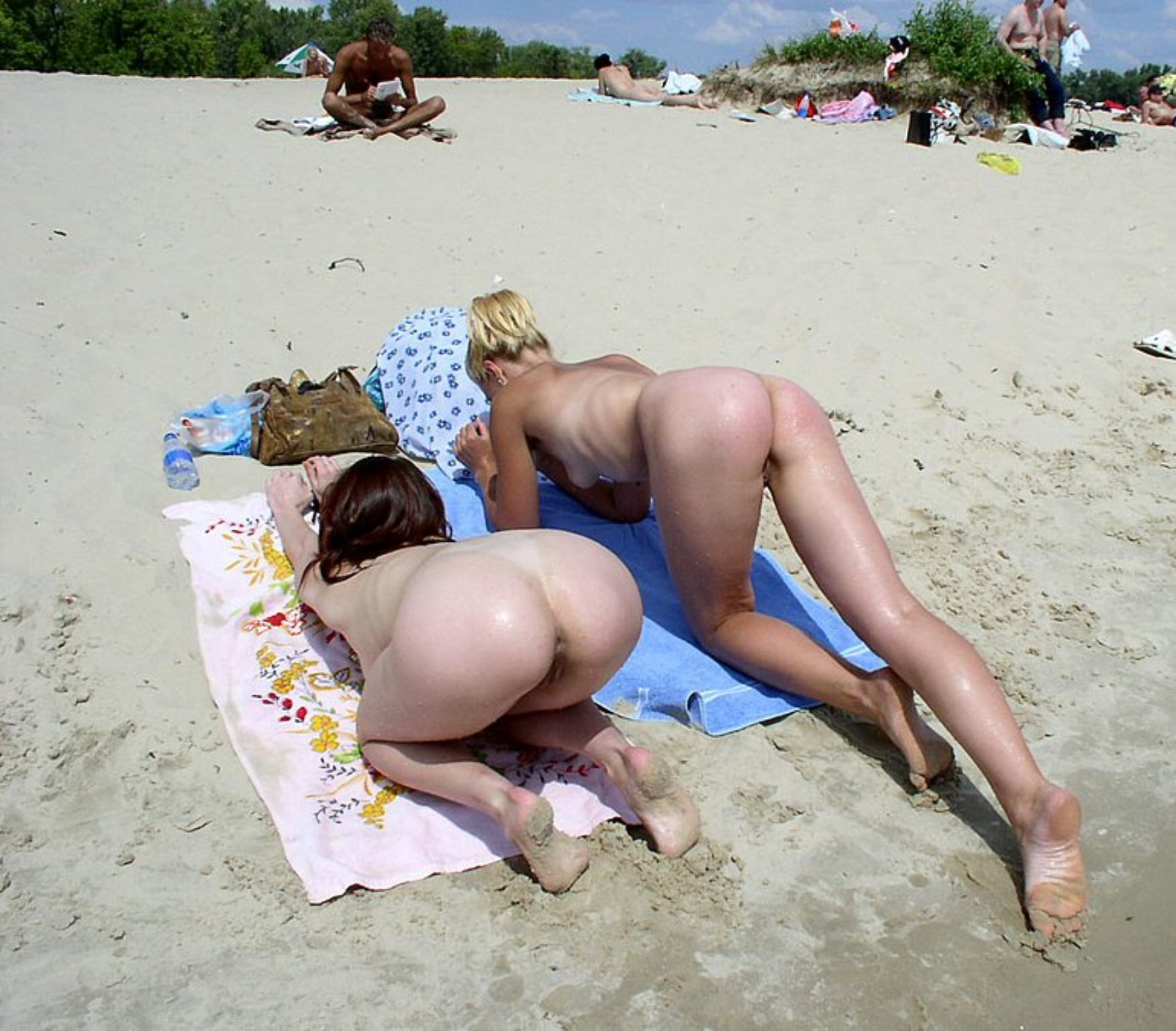 Two Girls Doggy Style On A Beach Towel - Nubile Babes-6388